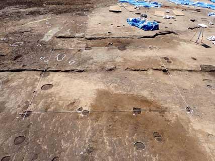 お知らせ:中関屋遺跡の発掘調査説明会(8月10日)